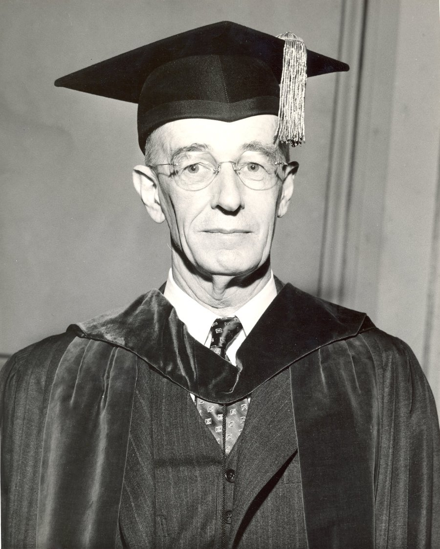 Vannevar Bush at the inauguration of Lee A. DuBridge as president of Caltech.