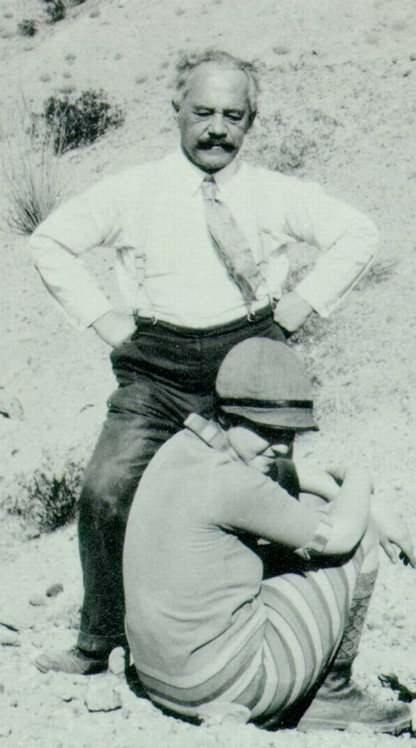 Arnold Sommerfeld and Ava Helen Pauling in the Coachella desert, California.