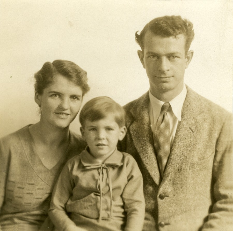 Studio portrait of Ava Helen Pauling, Linus Pauling, Jr. and Linus Pauling.