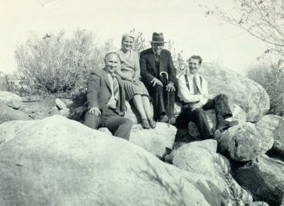 Howard J. Lucas, Ava Helen Pauling, Otto Schmidt, and Linus Pauling. Palm Canyon, California.Picture. 1931