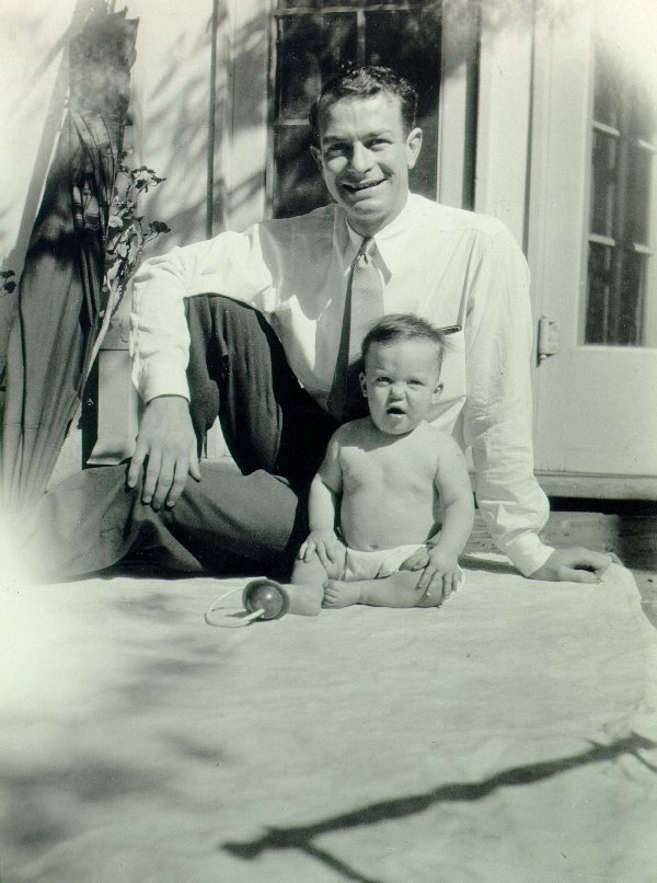 Linus and Peter Pauling.Picture. 1931