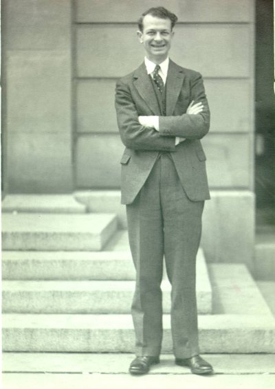 Linus Pauling, Iowa City, Iowa. Picture. 1936
