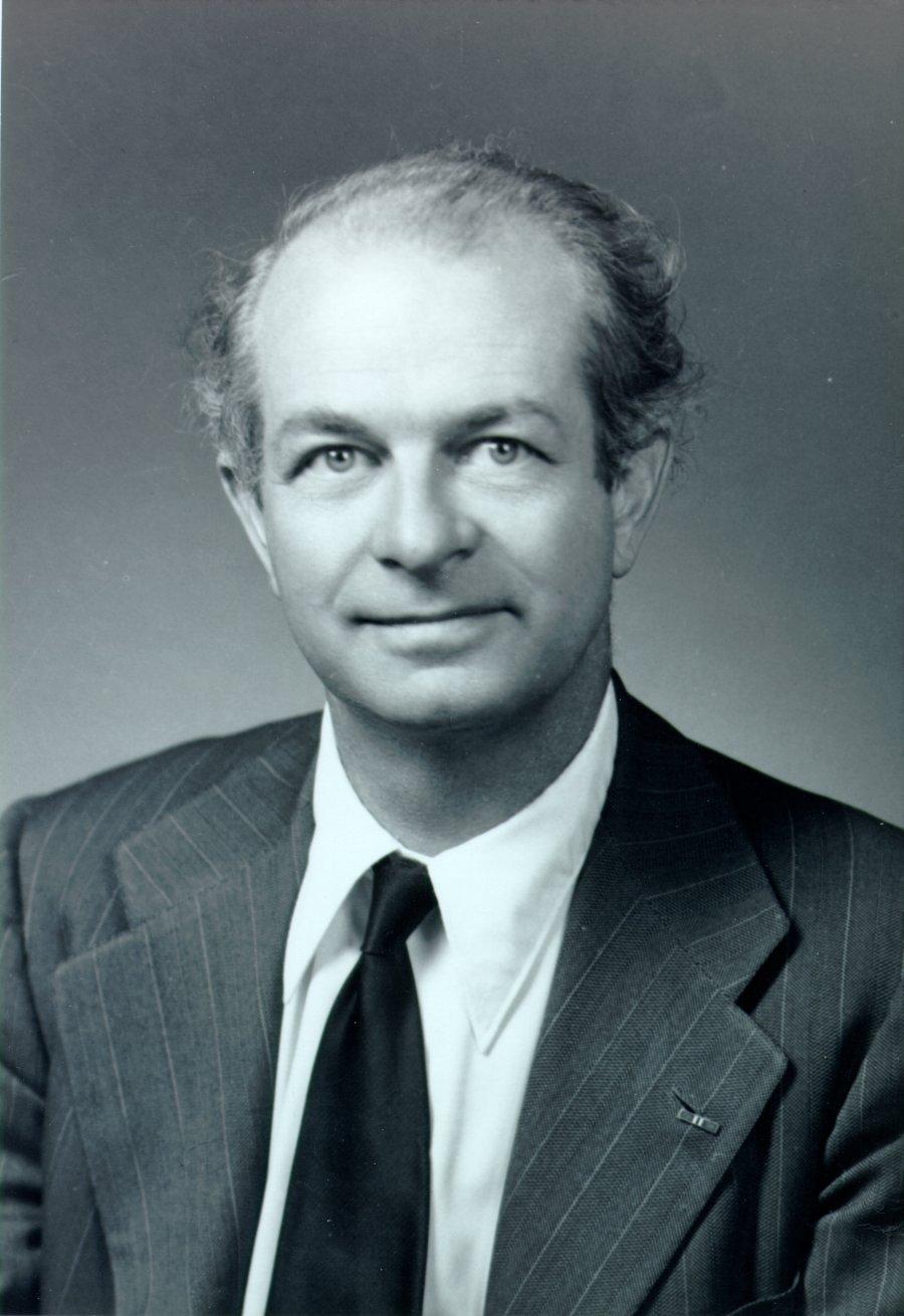 How Is Linus Sebastian: Linus Pauling, 1940s. (Large Version)