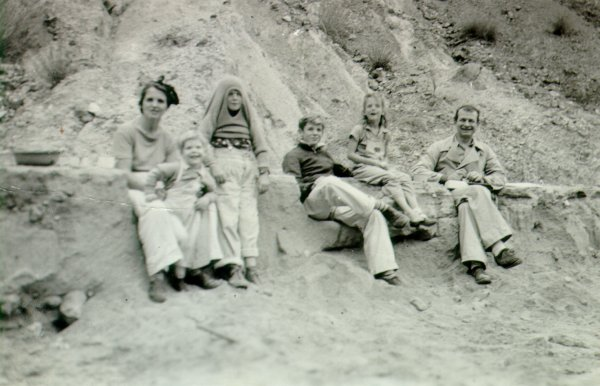 The Pauling family on an outing to the beach.