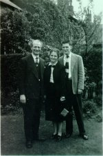 Linus, Ava Helen and Peter Pauling. Manchester, England.