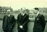 Linus Pauling with two members of the University of Glasgow Chemistry Department [Cook and J.M. Robertson?].