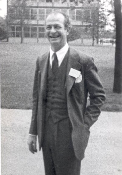Linus Pauling. Picture. 1949