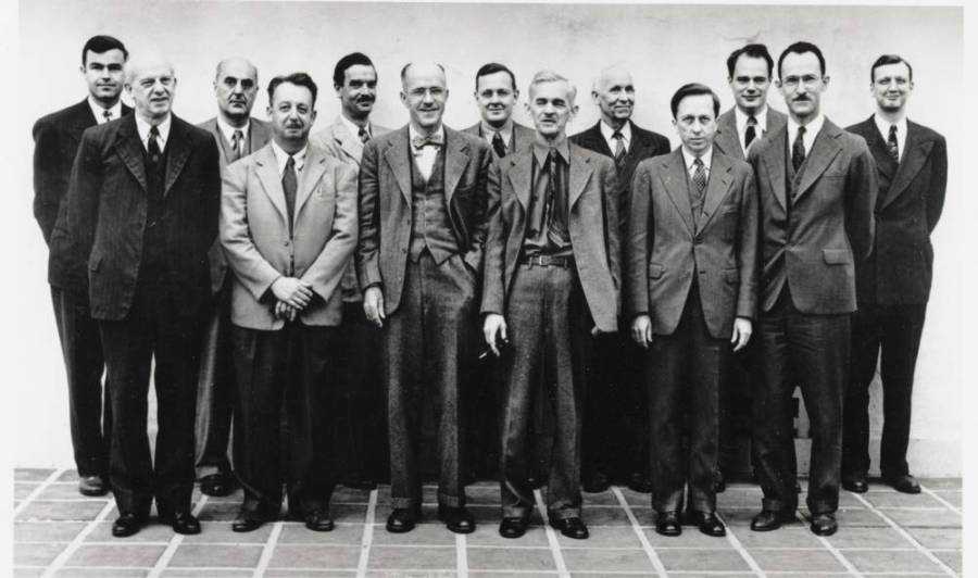 Members of the Caltech Chemistry faculty.