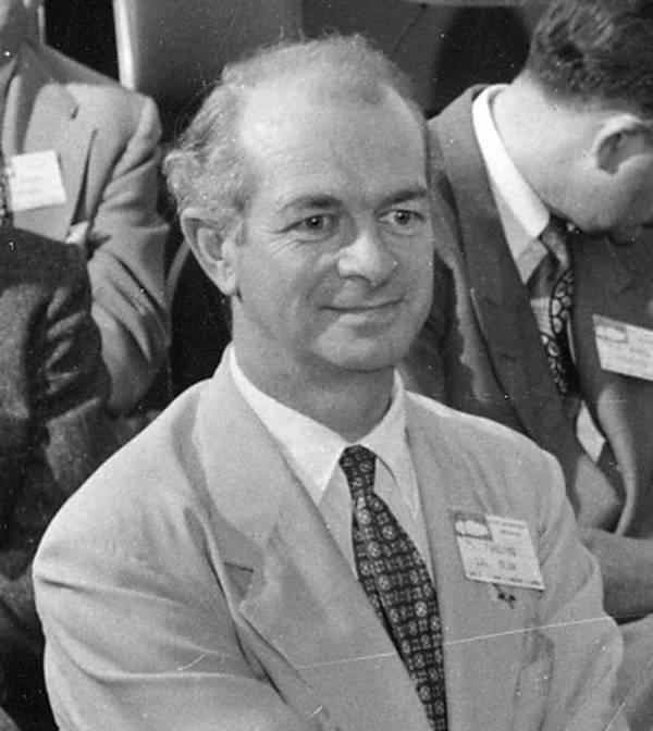 Linus Pauling at the Procter & Gamble Miami Valley Laboratories Dedication.