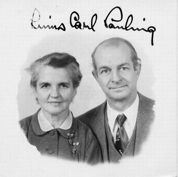 Ava Helen and Linus Pauling's passport photo.