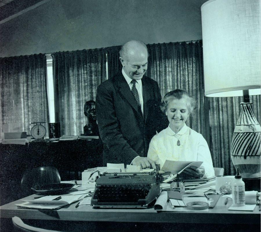 "Linus and Ava Helen Pauling working on ""An Appeal by American Scientists to the Government and Peoples of the World""."