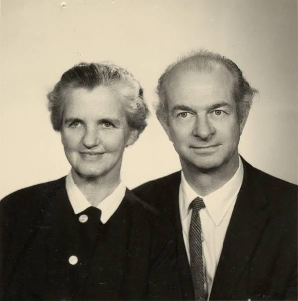 Portrait of Ava Helen Pauling and Linus Pauling.