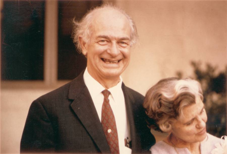 Linus and Ava Helen Pauling at a Nobel Peace Prize celebration held for them by the Caltech Biology Department.