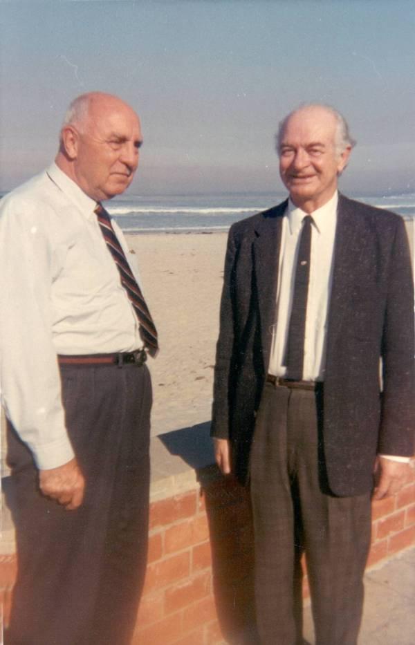 Stephen Fritchman and Linus Pauling, La Jolla, California.