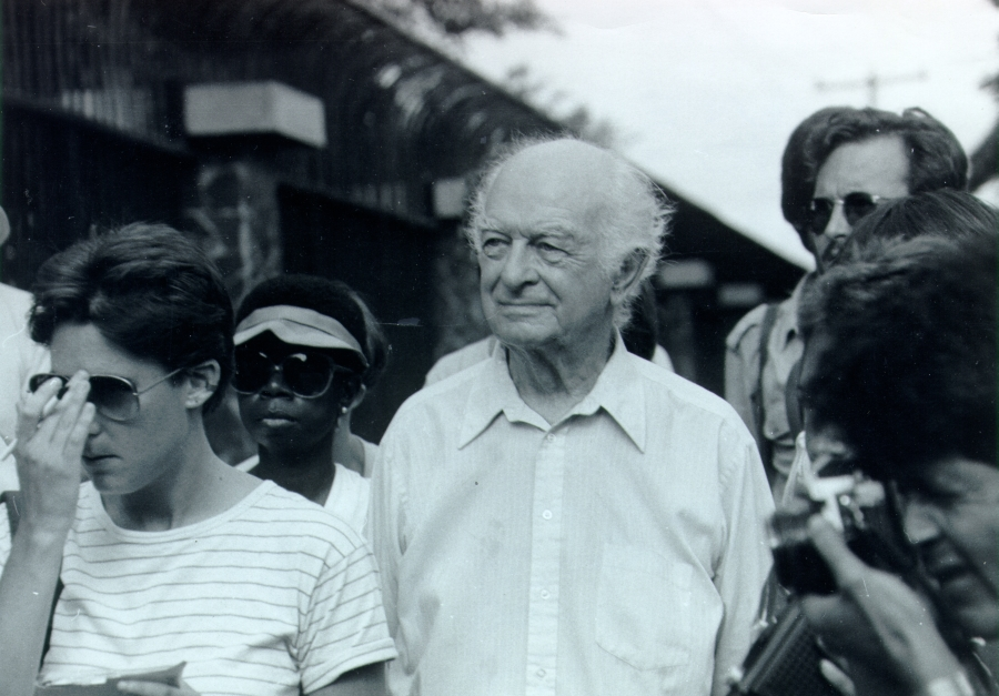 Linus Pauling in Corinto, Nicaragua, participating in the Peace Ship assistance mission.