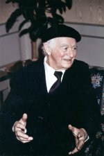 Interview with Linus Pauling.