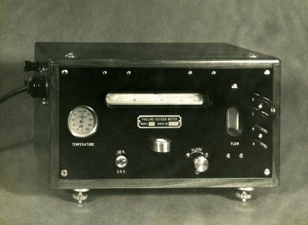 The Pauling Oxygen Meter.
