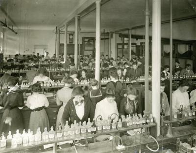 Students in an agricultural chemistry laboratory, ca. 1914.