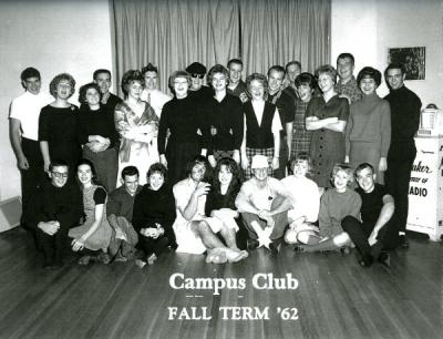 Group photo of the Campus Club at Avery Lodge, Fall 1962.