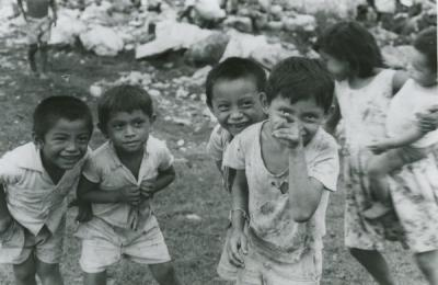 Image of children in Cham Kom, Mexico, 1968.