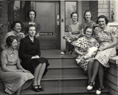 Students at the Home Economics Home Management House, named the Withycombe House, ca. 1940.