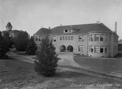 Mechanical Engineering Hall with Benton Hall in the background, ca. early 1900s.