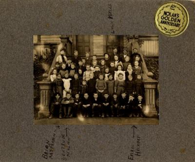 Nolan's Golden Anniversary group portrait, December 5, 1902.