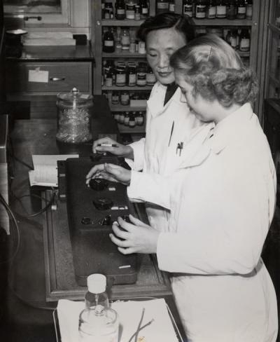 Unidentified women in a Nutrition Research Laboratory, 1950.