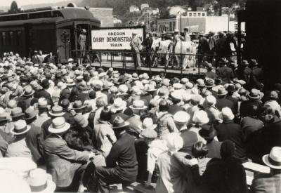 Oregon Dairy Demonstration Train, 1929-1930.