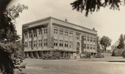 Pharmacy Building, 1932.