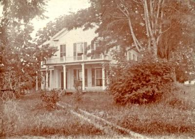 Sorosis Hall, 1899. The house was also known as the Nash House, Clark House, and Hogg House. It was later moved to 11th and Jefferson Street in 1907. Waldo Hall was built on the original house site.