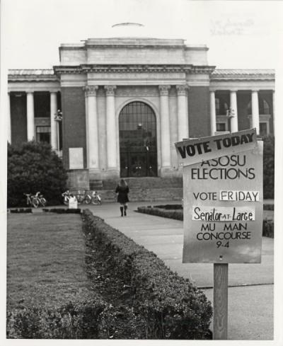 Memorial Union sign advertising student government elections, March 1971.