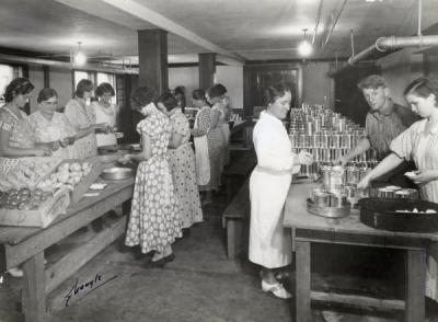 Can marking at Medford Relief Cannery, ca. 1935.
