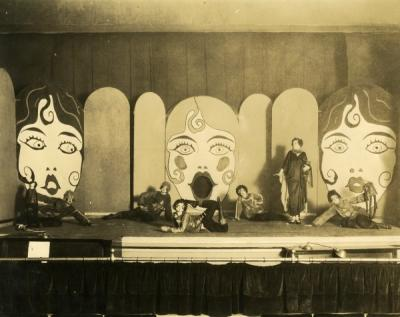 Image of the Women's Stunt Show, 1926. Margaret Cartright Weatherford stands at right.