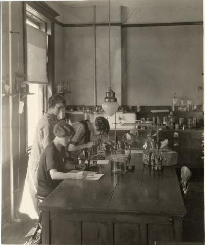 Dr. Helen Gilkey with students in the Botany Laboratory, 1910s. Helen Margaret Gilkey received her Master's degree in Botany from Oregon Agricultural College in 1911. She served as the Curator of the Herbarium for 33 years, introducing about 50,000 new plant specimens.