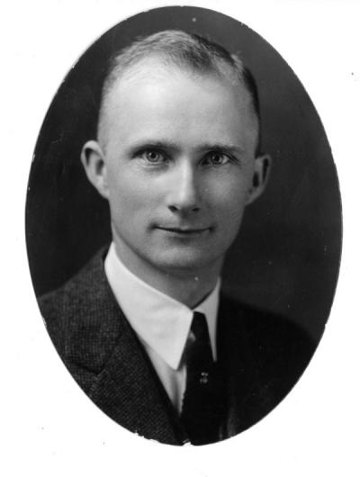 Portrait of E. B. Lemon, ca. 1910. Lemon received a business degree from Oregon Agricultural College in 1911, and worked as a part-time accounting instructor until 1943. Lemon also held the office of University Registrar from 1922-1943 and was Dean of Administration from 1943-1959.