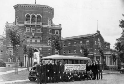Agricultural Engineering students and their two professors assembled in front of Weatherford Hall prior to departing for the Chicago World's Fair, 1933.