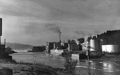 Paper mill on the Willamette River, Oregon City, Oregon, ca 1950s.