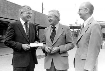 Mark Sponenburgh, professor of art, receiving the OSU Alumni Association Distinguished Professor Award from Doug McGregor, Alumni Association President, and David King, Dean of the College of Liberal Arts, 1981.