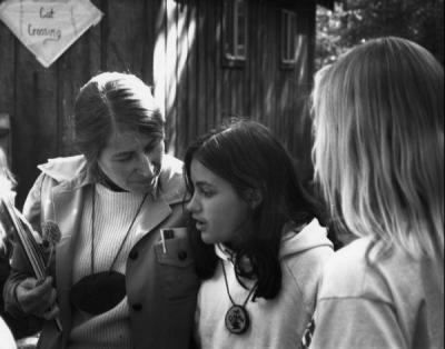 Lynne Breese with campers at a 4-H camp, ca. 1986. Lynne Breese was an agent for the Extension Service.