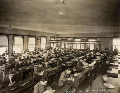 Class in Commerece, 1915