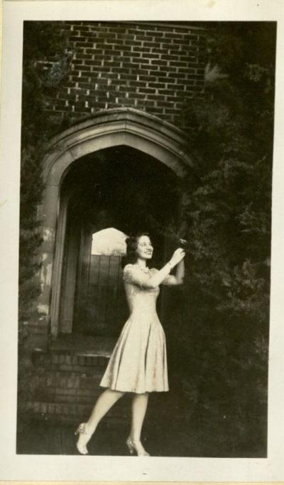 Beth Miller outside of the Kappa Kappa Gamma sorority house, 1940