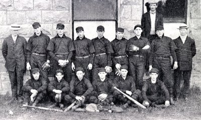 1908Orange_BaseballTeam1907-900w.jpg