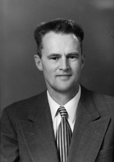 "<p>Charles Robert Ross, ca. 1946. Ross was an Extension Forester for Oregon State University from 1946-1970 and was a founding member of the Greenbelt Land Trust. Ross was also known for his Extension publications, including</p><p>				""Trees to Know in Oregon.""</p>"