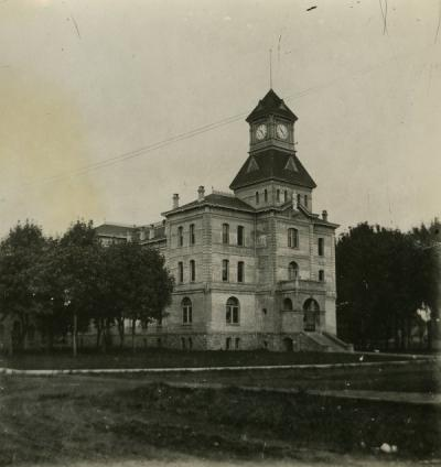 The Benton County Courthouse, 1920s.