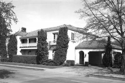 Co-ed Cottage, 1962. Built in 1926 as a house for the Alpha Chi Omega sorority, Oregon State purchased the building about 1956. It was used as a cooperative house for women, Co-ed Cottage, until the early 1980s. Today it serves as the administrative offices of the College of Oceanic and Atmoshpheric Sciences.