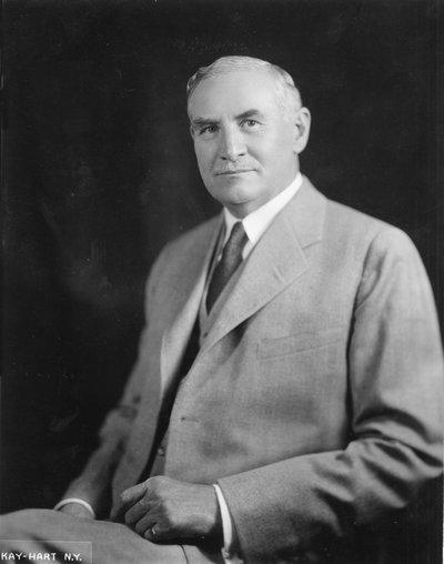Black and white photographic portrait of William Jasper Kerr.