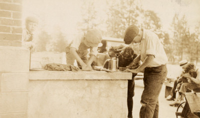 4-H farm mechanics club projects