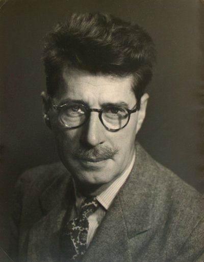Black and white photographic portrait of Roger Hayward.