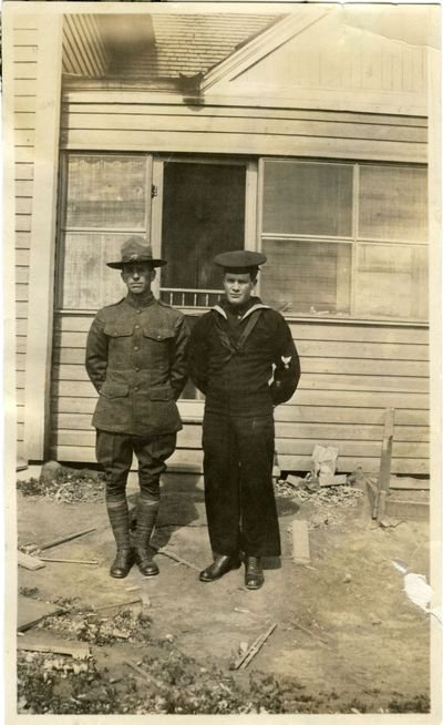 Philip and Seral Searcy in WWI uniforms